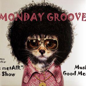 S02.E23 - Monday Groove