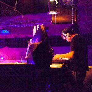 Chicago House Mix by Xavier Kannengiesser (03.07.15)