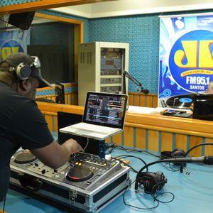 Esquenta Da Jovem Pan Fm -Santos 95.1 House & Electro 24.08.2012 (Paulino Machado Dj)