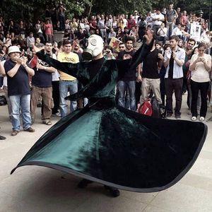 router 13-06-2013 1\3 _ il racconto dello tentato sgombero di piazza Taksim, Istanbul