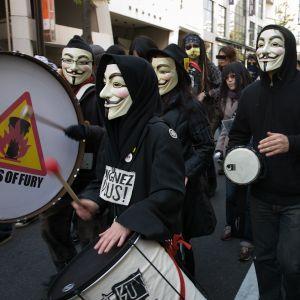 No nukes demonstration Tokyo Nov 26, 2011 edited short ver.