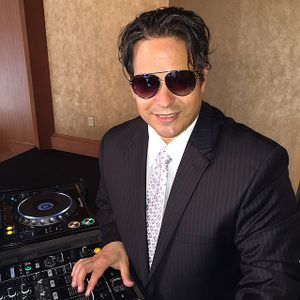 GREEK MIX 75 (The Classics) DJ George Siozios works the Mix!