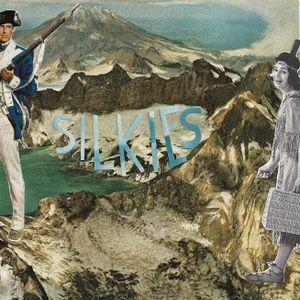 Silkies - Young Latitudes x Banana Radio : October mix