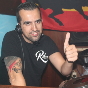 WARM UP BY VITI DJ @T SALA LEVANTE - EXPERIENCE CLUBBING VS ARRIBA LIVIN! - 07-05-2016