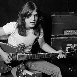 The Annex Radio Show, November 22 2017 - Malcolm Young Memorial