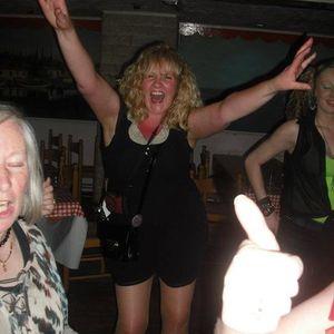 radio show with me Amanda G-Oldham and Lynn Knapton WFM 97.2