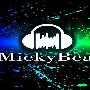 MIX NOVIEMBRE - MICKY BEAT 2013