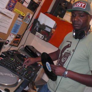 Emission La Voix du HipHop du samedi 03 novembre 2012 en special guest Dj Toxick