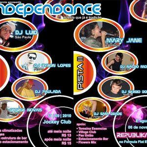 Sam Drade Independance Mixtape*