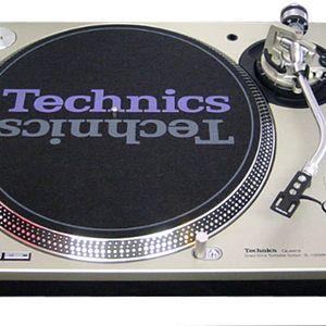 Dead Format Techno 2002