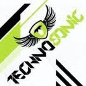 Mr.Slim@Technosonic Radio Part 1 06.07.11