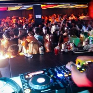 Jotacast 03 - Jota live at Club & Rocket - 03/07/10 - DEPUTAMADRE BRASIL - part 1