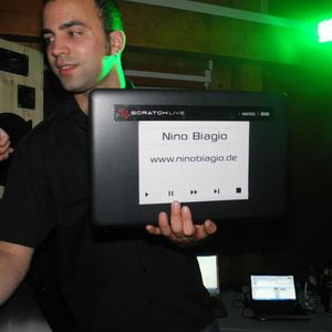 Nino Biagio - Minimal Techno Mix January 2012