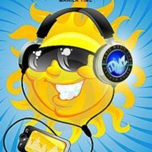 iDMZ Summer Mixes 2012 (DJ4tuneboy in the mix)(DJ's Clique Upbeat Soundz)