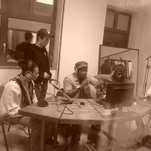 Show (21 oct. 2011) / Part 05 / Freestyle :  Illspokinn, J.p.G, ALYé & Tha Snakes Crew + Zajazza on
