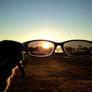 RhonE - When the sun rises, put your sunglasses