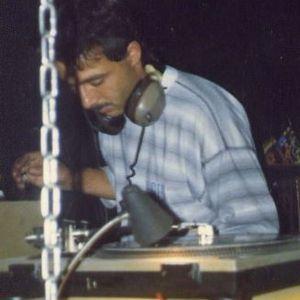 DJ Dynasty 1985-89 House & Dance Music Mix 6-19-17