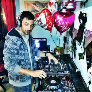 Candy Radio 2.14.2013 Feat. Joey Mix