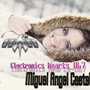 067_ELECTRONICS HEARTS_067_MIGUEL ANGEL CASTELLINI_2012 EDITION.