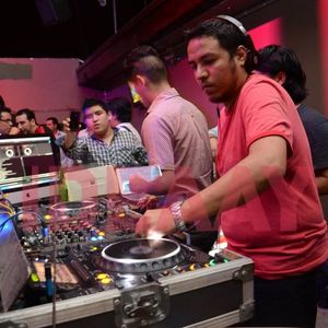 MAXIMA BEAT EN ESPAÑOL 2 BY DJ CAOS