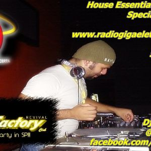 House Essential - Episódio 40 - Radio Giga Show Revival Sound Factory
