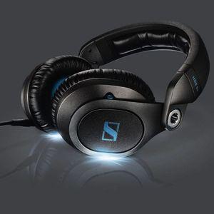 """Darren Hollands' """"The Funky Tech Groove 2"""" DJ Mix"""
