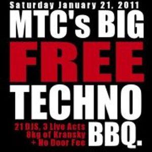 Insomnia vs onelostmuppet @ MTC's BIG FREE TECHNO BBQ at Miss Libertines - 21st January 2012