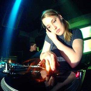 IPC Mix .12 - DJ Ludmilla - Beyond Involver