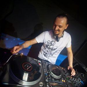 Dj MAD - Studio Mix November