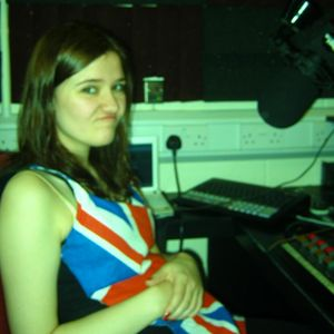 The Jen Halliday Show Birthday Special on Scratch Radio #4 02.04.11