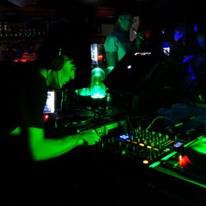 Dj Sickboy @ Electronic Summer Festival 02.07.2011 Part 3