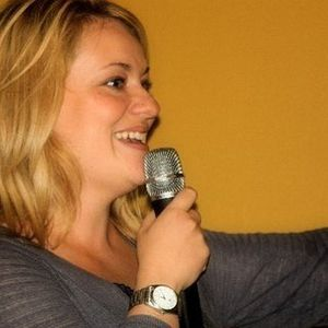 Joking Off Episode 29 - Stinky Strippers and Open Zippers with Kristen Toomey