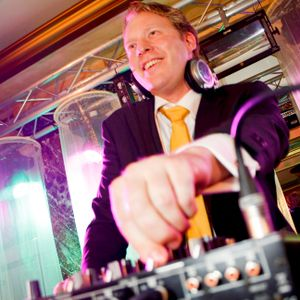 George.DJ live @ private 40th birthday party - october 2013