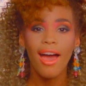 Pigiama Party ... tra Whitney Houston, l'Isola e S. Remo