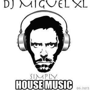 Simply House Music 06/2013