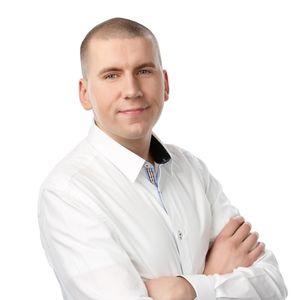 Perussuomalaisten nuorten puheenjohtaja Sebastian Tynkkynen haastattelussa