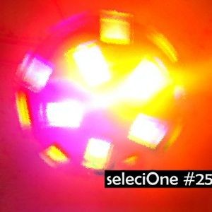 seleciOne #25 - Shake ya ass babe!