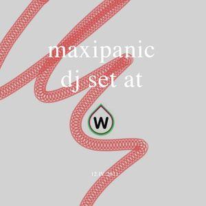 Maxipanic mix at das weisses haus 12.04.11 (2/5)