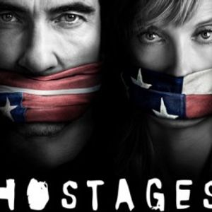 Sériemaniac 11 Juillet 2014 : Hostages / The Leftovers / Reckless / Almost Royal / Finding Carter