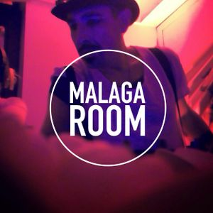 jdmore is back in town. (malaga.room_2014)