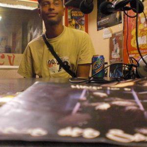 Emission La Voix du HipHop du samedi 01 octobre 2011 en special guest MISTER 16 S
