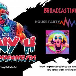 Weekend Starter Show - Friday 20th November - Qube Radio