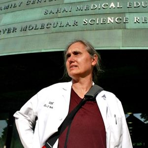 #70 Defeat Disease Using Diet with Dr. Terry Wahls - Podcast