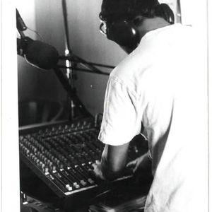 TuneInn 28.11.2012 Strictly Vinyls