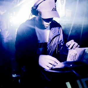 Youngsta (ESP Agency) vs. Distance (Planet Mu, Chestplate) @ Rinse.fm 106.8 FM - London (13.08.2012)
