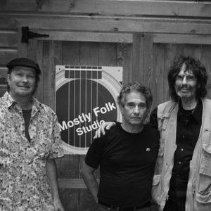 Mostly Folk Episode 101 (8/15/15) Charles Lyonhart & George Quinn