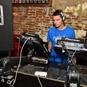 Matt L-S Makin' Moves Radio show www.housefm.net - Saturday 11th Jan 2014 (Archived)