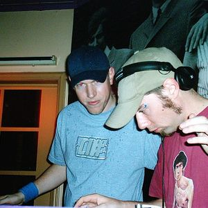 2ser 22.05.01 latenight mothership - khy and timber