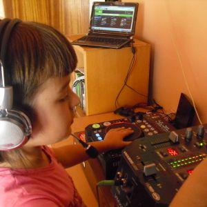 only techno underground