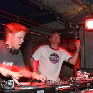 Jay Cunning - Pressure Breaks 07 feat Atomic Hooligan
